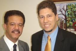 El Presidente Leonel Fernández y el Embajador Mario Arvelo en el marco de la 59ª Asamblea General de la ONU en Nueva York • President Leonel Fernández and Ambassador Mario Arvelo at the 59th UN General Assembly in New York