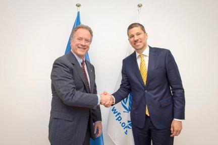 El Director Ejecutivo del Programa Mundial de Alimentos David Beasley y el Embajador Mario Arvelo • World Food Programme Executive Director David Beasley and Ambassador Mario Arvelo